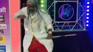 T-Pain dancing to Sonic Rush Music