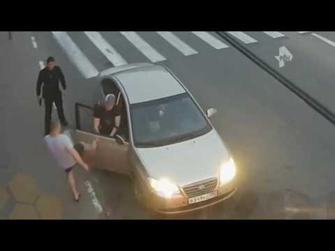 Массовая драка со стрельбой в подмосковном Дзержинском попала на видео