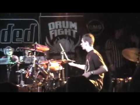 DomDrumFight1