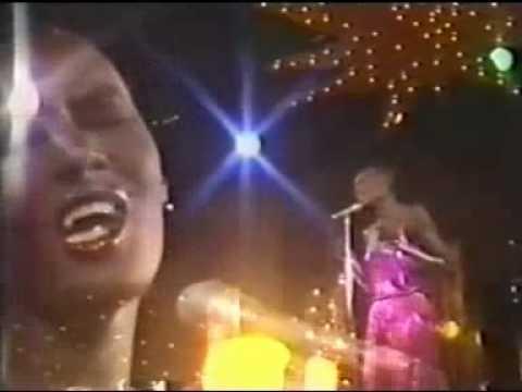 Grace Jones - La Vie En Rose