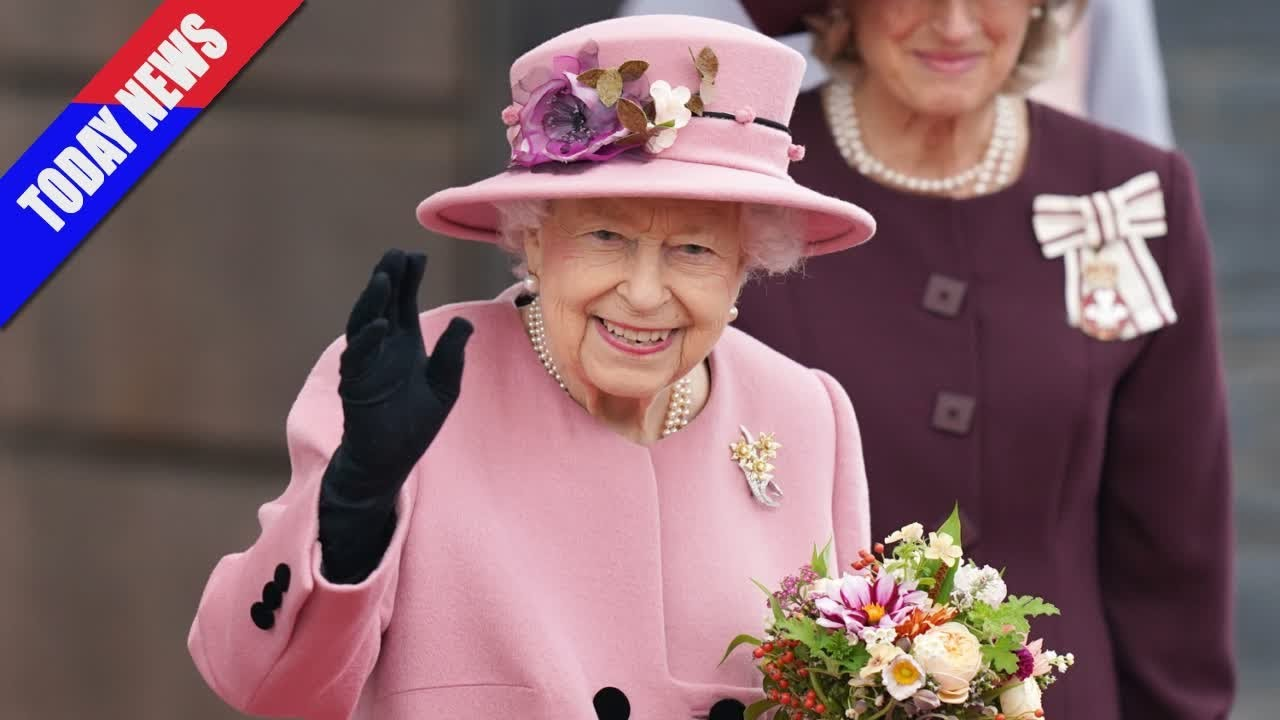 Queen, 95, Declines 'Oldie of the Year' Award Because She 'Does ...