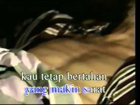 Titip Rindu Buat Ayah Ebiet G. Ade - Download MP3 Titip Rindu Buat Ayah Ebiet G.