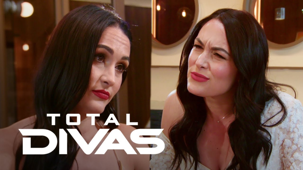 Can Nikki Bella Convince Brie to Come Out of Retirement? | Total Divas