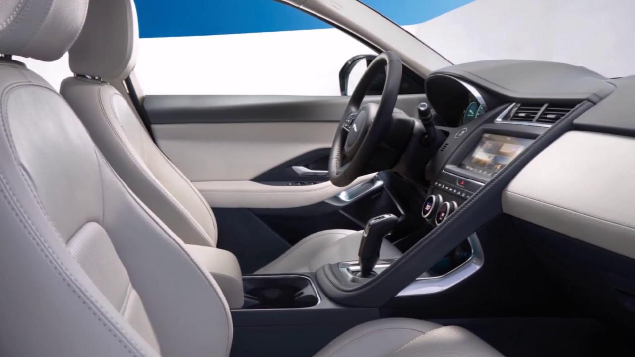 Jaguar e pace interior youtube for Interieur jaguar e pace