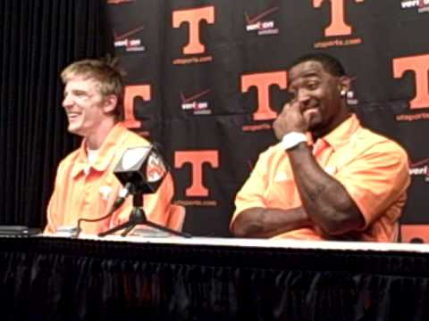 Poole, Simms talk 2011 Vol spring game