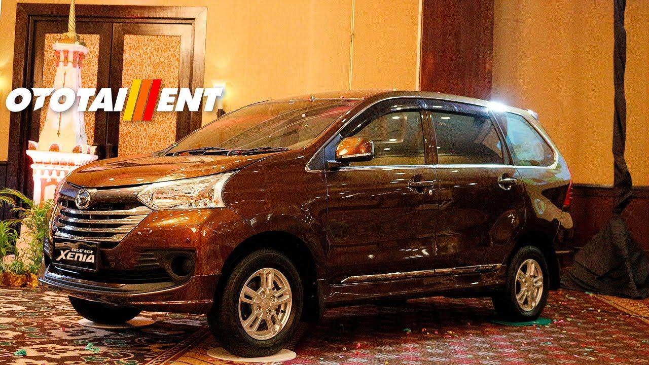 Grand New Avanza Vs Great Xenia Reflektor Daihatsu Terbaru Di Indonesia Youtube