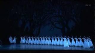 Giselle: Hilarion dances to his death
