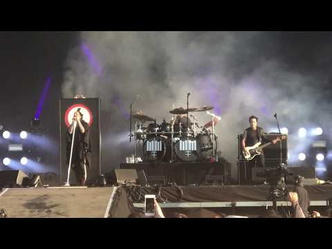 """Marilyn Manson - """"Cry Little Sister"""" - Live @ Download Festival 2018"""