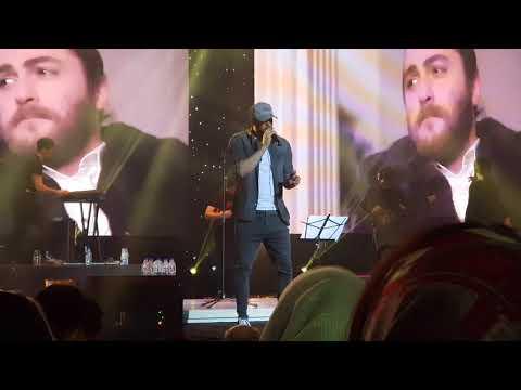 "Masih Arash AP ""Bia bazam"" Live in concert"