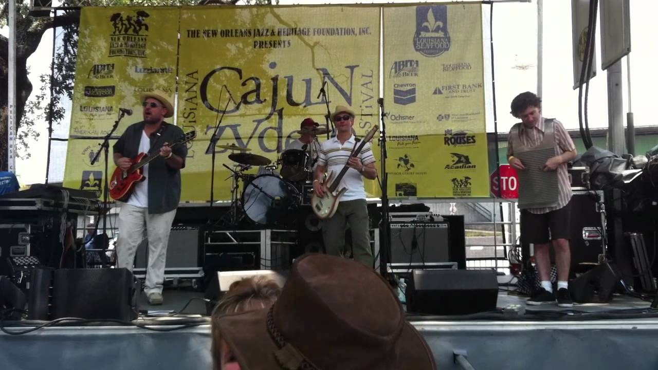 Music and Fun at the Louisiana Cajun Zydeco Festival - YouTube