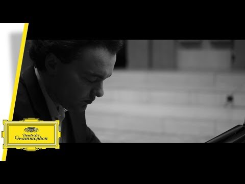 Evgeny Kissin - Beethoven - About live recordings (Interview)
