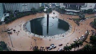 Video Banjir di Jakarta, dari Kompleks Menteri hingga Jalan Tol download MP3, 3GP, MP4, WEBM, AVI, FLV Desember 2017