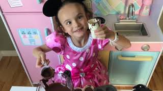 Minnie Mouse Cupcake Cones