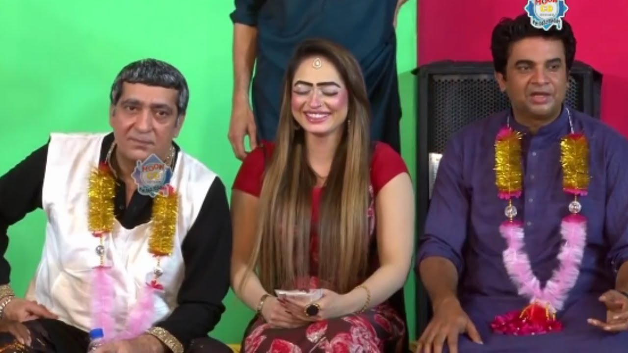 Zafri Khan and Sidra Noor with Goshi 2 Stage Drama Budha Baazigar Comedy Clip 2019