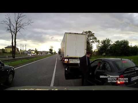 """Trasa S8, """"obywatelskie zatrzymanie"""" pijanego kierowcy"""
