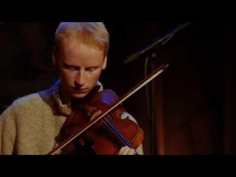 Frode Haltli Avant Folk: Hug (live)