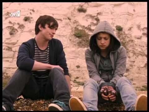 Angus Thongs and Perfe...