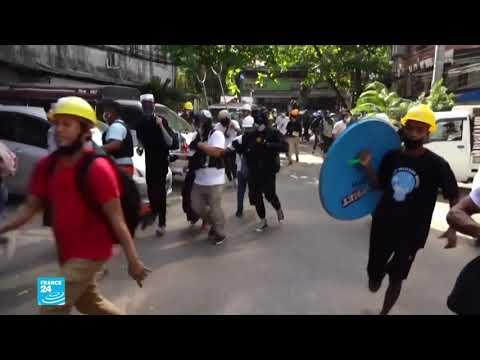 البورميون يعودون إلى الشوارع وسط أجواء من الخوف بعد يوم دموي سقط خلاله 38 قتيلا  - نشر قبل 22 دقيقة