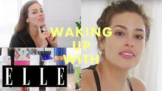 ありのままが美しい!元祖プラスサイズモデル、アシュリー・グラハムの朝の美容習慣に密着 Waking Up With