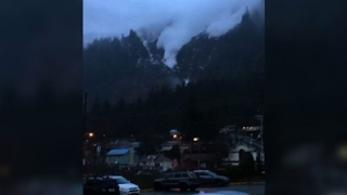 Juneau Resident Catches Avalanche on Phone