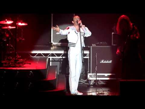 Garry Mullen One Night Of Queen  At The Embassy centre Skegness One vision