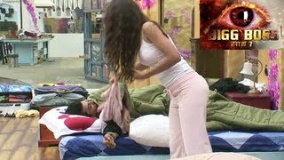Repeat youtube video Bigg Boss 7 Kushal SLEEPS with Gauhar in Bigg Boss 7 3rd October 2013 Day 18 FULL EPISODE