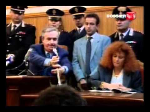 Falcone, Borsellino, agenti della scorta e tanti altri: le facce pulite dello Stato.
