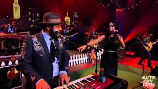 "Austin City Limits Web Exclusive: Kacey Muscgraves ""Step Off / Three Little Birds"""