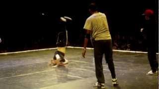 VIKINGZ CIRCLE 2013 - Bboy Bibo & Bboy Alex VS Bboy Willy & Bboy Onurb