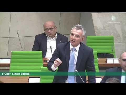 Joseph Muscat jinsolenta lil Simon Busuttil