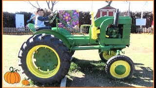 Halloween Pumpkin Farm: Kids Ride On Tractors and Play on Playground