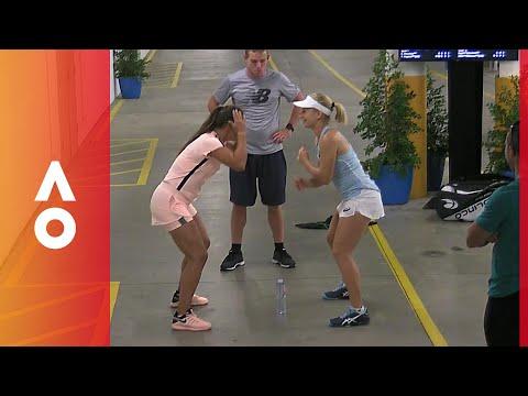 Daria Gavrilova and Daria Kasatkina's unorthodox warmup | Australian Open 2018