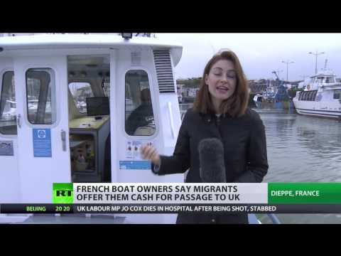 Migrants try to cash French boat owners to get to UK