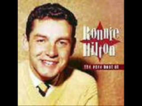 Ronnie Hilton -  Love Walked In