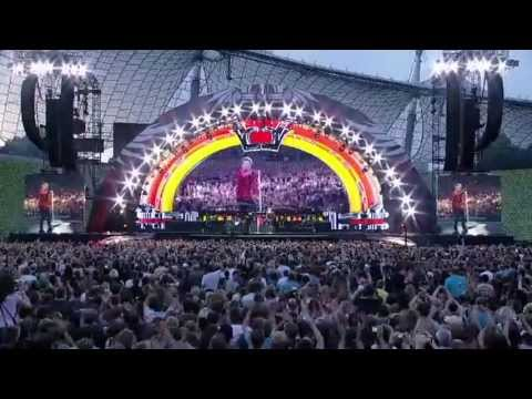 Bon Jovi - Rock You Like A Hurricane (Munich 2011) Scorpions Cover
