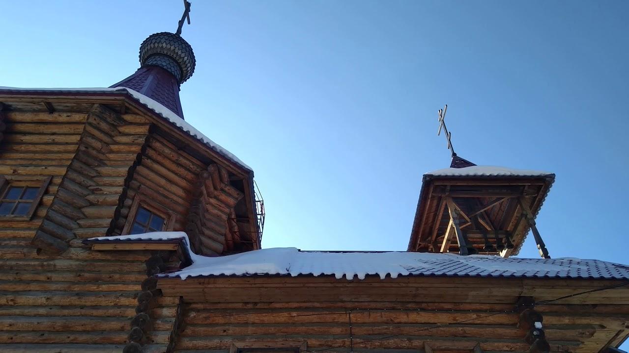Колокольный перезвон в храме