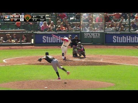 MIA@SF: Ichiro fakes out Arias on double to right