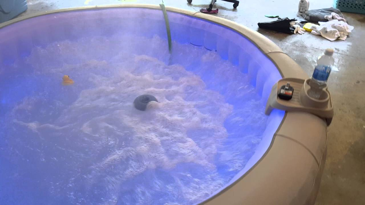 Lay Z Spa Paris inflatable hot tub - YouTube