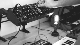 Behringer Model D + Strymon Big Sky // Ambient Improvisation