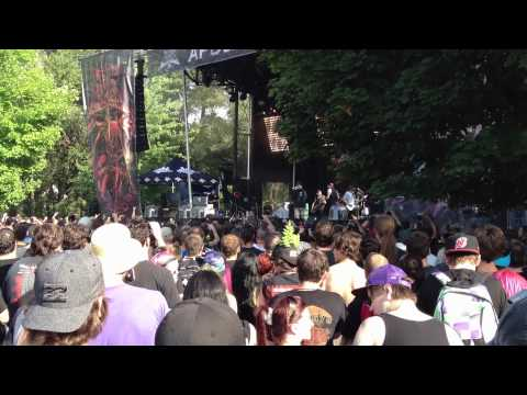 "Emmure - ""Sunday Bacon (Live at Heavy MTL 2012)"""