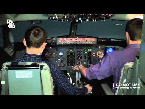 Go-around due to low visibility in Boeing 737 CL - Baltic Aviation Academy