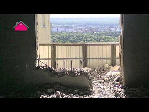 Демонтаж балконного блока 2 - видео на krivoruky.ru.