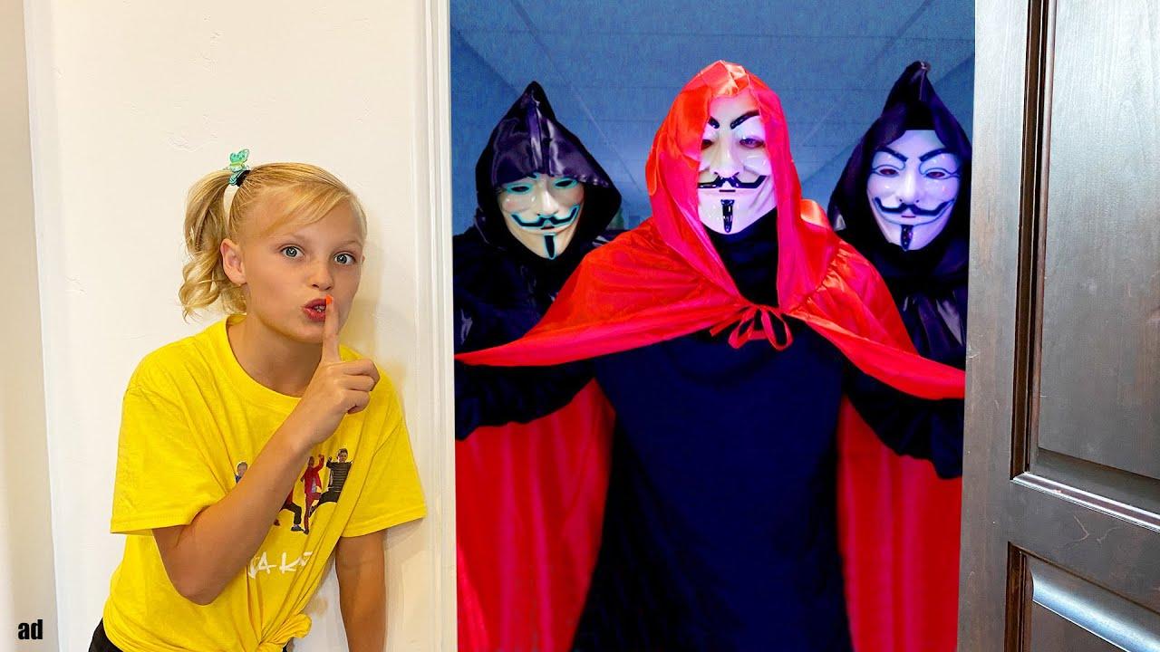 Trapped by Hackers!! Bakugan Battle League