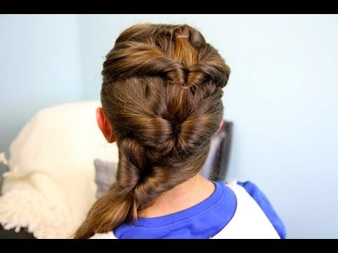 quadruple-flipped ponytail easy