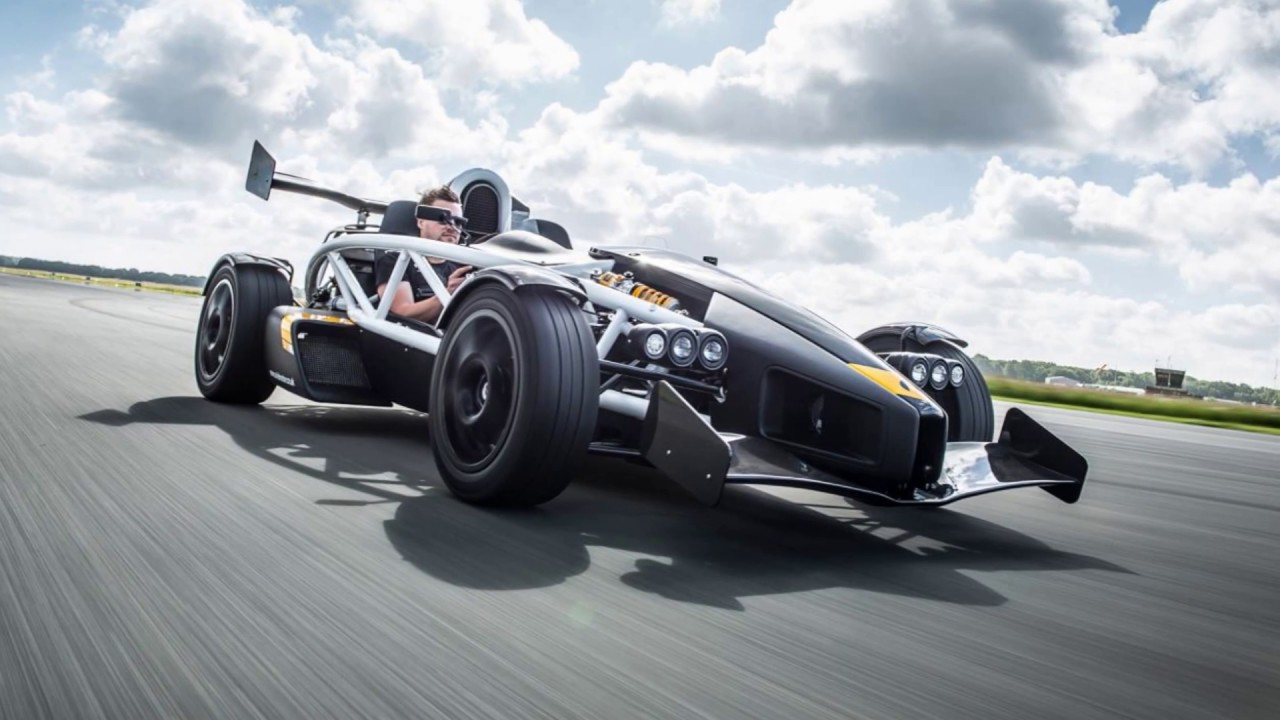 Fastest Sports Car In The World | Ariel Atom (2000-2003) - YouTube