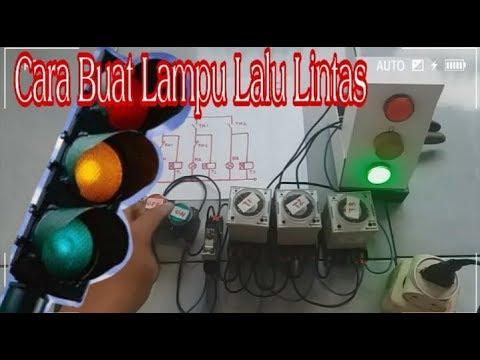 Membuat model lampu lalu lintas sederhana.