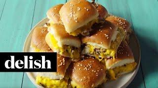 how to make pull apart cheeseburger sliders   delish