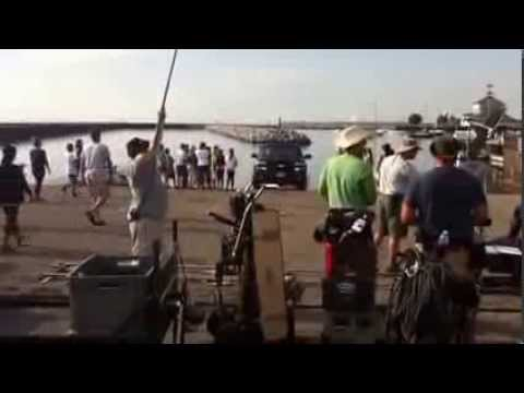 Sean Astin backs boat into water