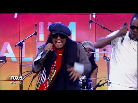 Maxi Priest Performs 'I'm Alright (Feat. Shaggy)'