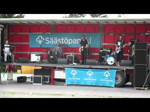 Wrum - Takapihojen rocktähdet (live)
